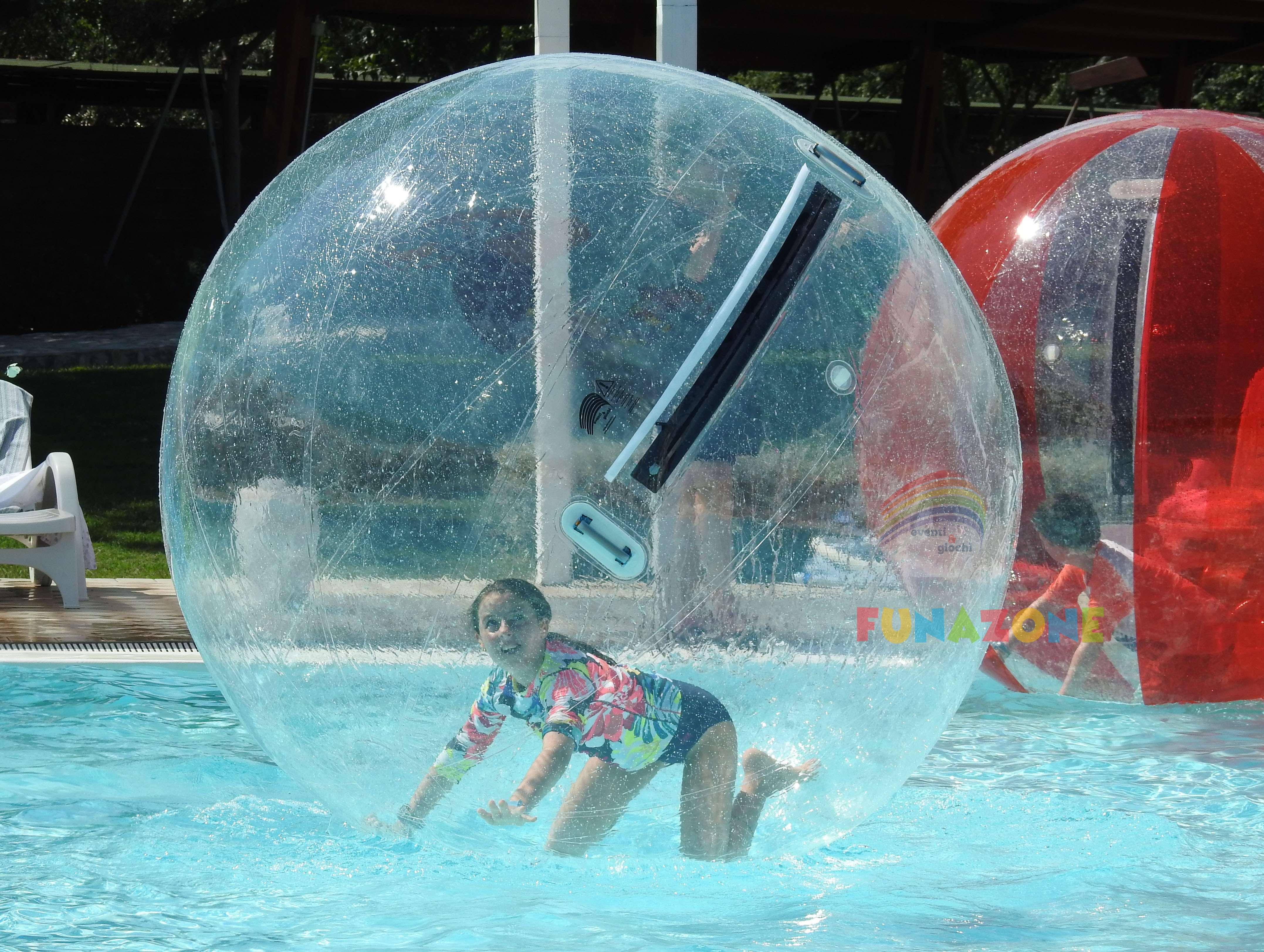 Wasserlaufball / Wasser-Zorbing-Ball groß, transparent gebraucht ...
